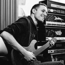 ARCHITECTS: Gitarrist Tom Searle ist gestorben