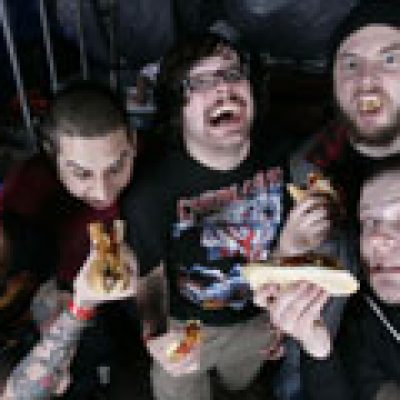 MOUNTAINS OF DEATH 2010: mit THE BLACK DAHLIA MURDER und SUFFOCATION