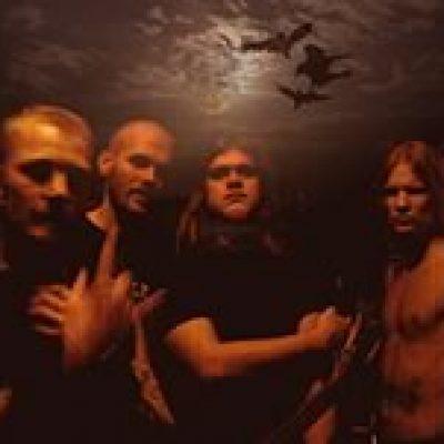KAMPFAR: Vertrag bei Napalm Records