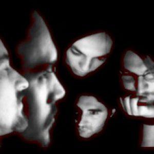 MIRROR OF DECEPTION: suchen Basser für anstehende Tour