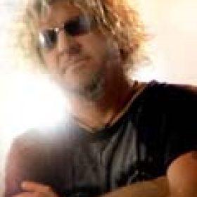 SAMMY HAGAR: ´Cosmic Universal Fashion´ als Download