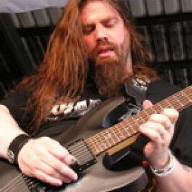 WOLF: neuer Gitarrist
