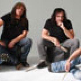 9CHAMBERS: Stoner-Rock mit Musikern von MONSTER MAGNET, BLACK SABBATH & ALICE COOPER