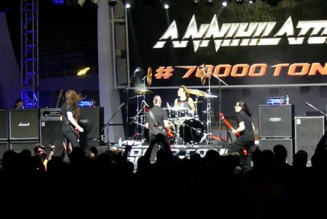 ANNIHILATOR_70000-tons-of-metal-2017-vampster_18
