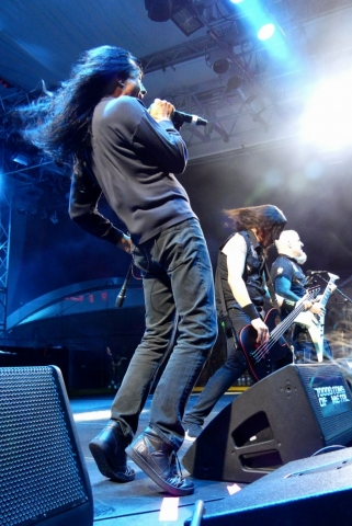 ANTHRAX_70000-tons-of-metal-2017-vampster_0