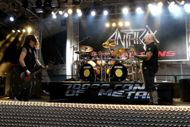 ANTHRAX_70000-tons-of-metal-2017-vampster_11