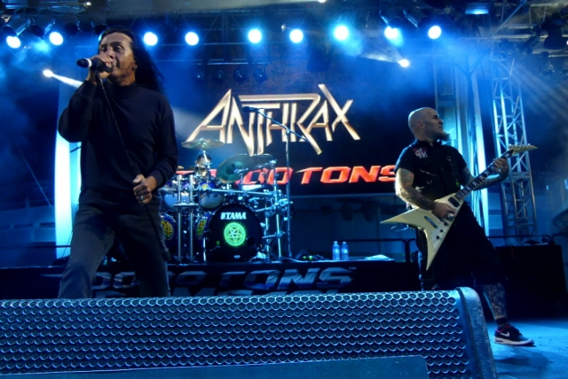 ANTHRAX_70000-tons-of-metal-2017-vampster_13