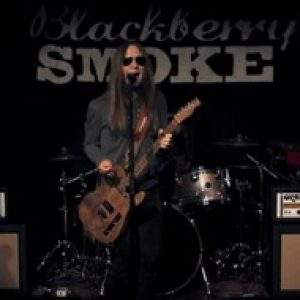 BLACKBERRY SMOKE: Video zu ´Shakin´ Hands With The Holy Ghost´ online