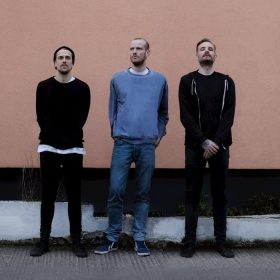 "COLORED MOTH: streamen kommendes Noise-Rock / Post-Hardcore Album ""DIM"""