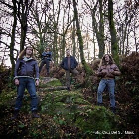 "DARK FOREST: neues True / Heavy Metal Album ""Oak, Ash & Thorn"" aus England"