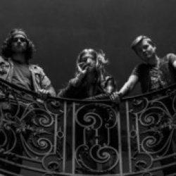 "IRON BASTARDS: Lyric-Video zu ""Vintage Riders"""