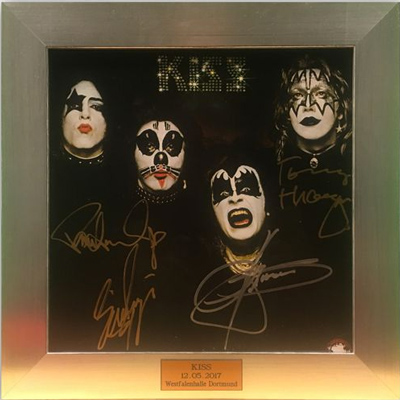 KISS: Charity-Auktion mit signiertem Album & Bild