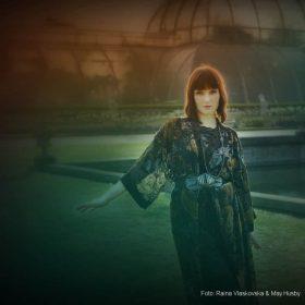 """LINDY-FAY HELLA: Erstes Solo-Album """"Seafarer"""" von WARDRUNA-Sängerin"""
