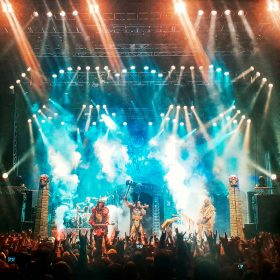 "LORDI: Video von der  Live-DVD""Recordead Live – Sextourcism In Z7″"