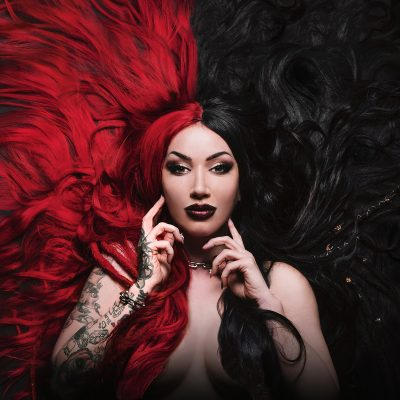 "NEW YEARS DAY: dritter Song vom neuen Album ""Unbreakable"""