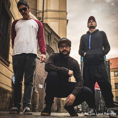 """OUT IN STYLE: Lyric-Video vom neuen Skate Punk Album """"Letters Never Sent"""""""
