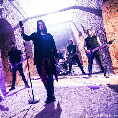 "RED ELEVEN: Video-Clip von neuer Alternative Rock / Metal Single ""Handled with Chaos"""