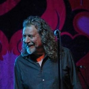 ROBERT PLANT: in den Top 10