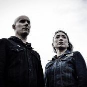 """YEAR OF THE COBRA: auf Tour mit limitierter """"Into The Fray/The Black Sun"""" Single"""