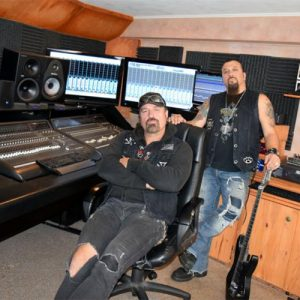 ADRENALIN MOB: im Studio