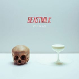 "BEASTMILK: Video zu ""Death Reflects Us"""