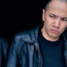 DANKO JONES: neues Album ´Rock And Roll Is Black And Blue´