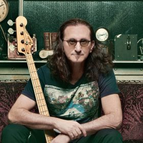 geddy-lee-rush-201906