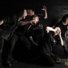 HEADLESS CROWN: unterschreiben bei Massacre Records