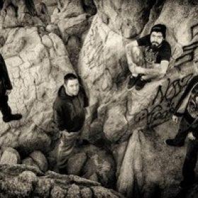 "HIDEOUS REBIRTH: Lyric-Video zu ""Wretched Torture"""