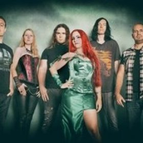 HYDRA: Lyric-Video mit LIV KRISTINE