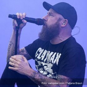 """IN FLAMES: neues Video """"Stay With Me"""" vom  """"I, The Mask""""-Album"""