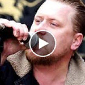 "IRON LAMB: Video zu ""Mockingbird"""