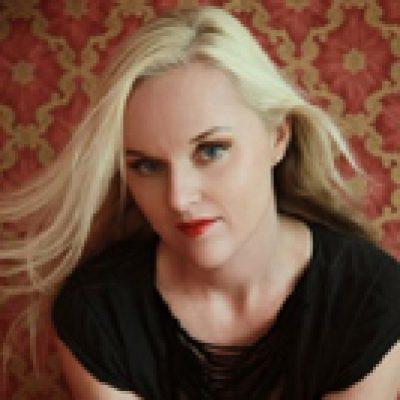 LIV KRISTIN: neues Solo-Album & Akustik-Konzert