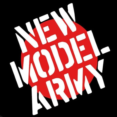 NEW MODEL ARMY: Bassistenwechsel
