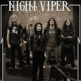 NIGHT VIPER: auf Tour