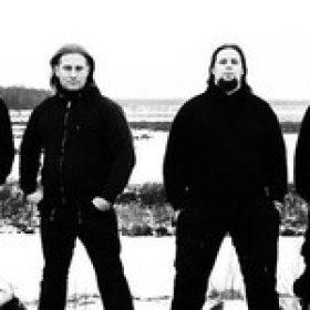 PLENTY OF NAILS: Gitarrist verlässt die Band