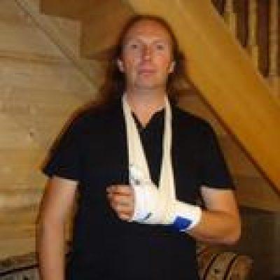 LUCA TURILLIS RHAPSODY: Gitarrist Dominique Leurquin verletzt