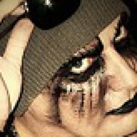 "TIAMAT: ""The Scarred People"" – Musikclip zu ""Love Terrorists"""