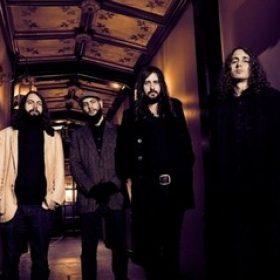 "UNCLE ACID & THE DEADBEATS: Single ""Runaway Girls"" online"