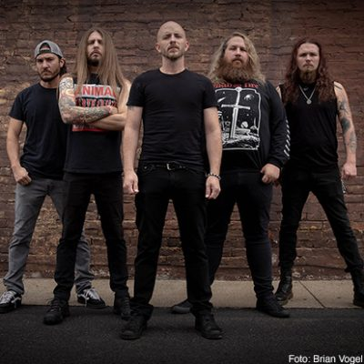 WAR CURSE: Plattenvertrag bei Metal Blade Records